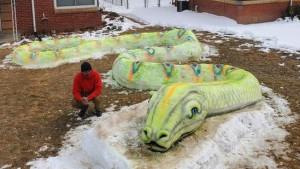 Zima i Amerika: Porodica u Denveru oduševila komšiluk snežnom umetnošću