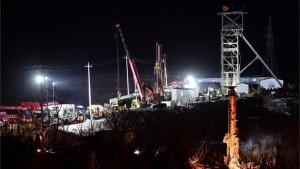 Kina i rudarske nesreće: Zatrpani rudari živi posle sedam dana - spasioci dobili poruku nade