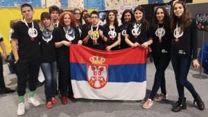 Kragujevački gimnazijalci lakše do svemira nego do Amerike