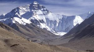 Kina zabranila Mont Everest za turiste - ostavljaju mnogo đubreta