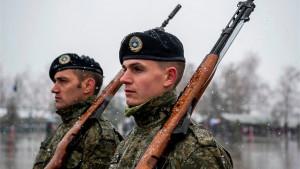 Kosovska armija: Olovni vojnici