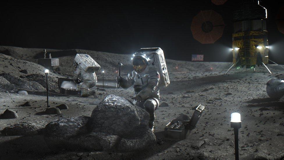 Nasa i svemir: Amerikanci do 2024. šalju prvu ženu na Mesec