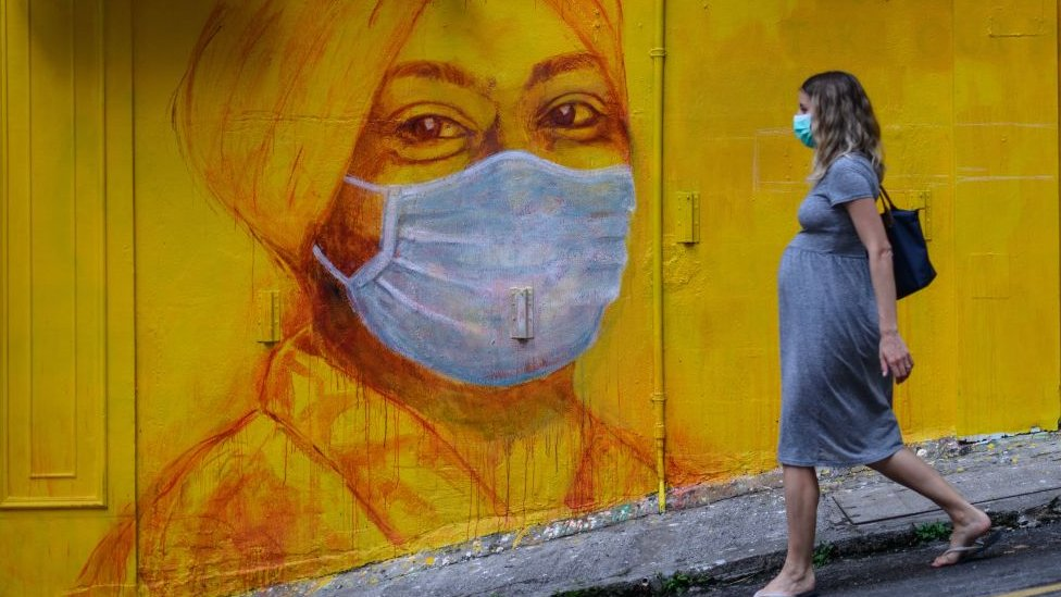 """Korona virus, Narodni front, porođaj i trudnoća: """"Lekari su bili super, ali strah je neopisiv"""