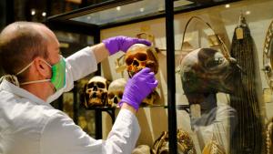 Smrt i arheologija: Oksfordski muzej uklonio morbidnu postavku ljudskih glava