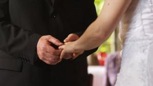 Gde će joj duša: Potraga za kradljivicom svadbenih poklona u Americi