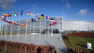 Rusija i NATO: Moskva obustavlja rad misije u sedištu NATO