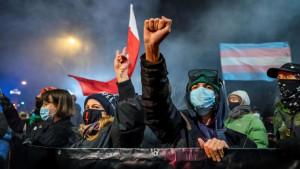 Poljska i abortus: Zakon stupio na snagu, žene kažu - hoćemo da odlučujemo o svojim telima