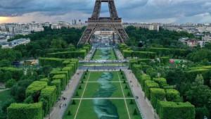 Ogromna umetnička biorazgradiva dela u Parizu