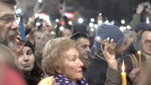 Šetnja u tišini i sveće ispred Hrama: Kako je Beograd obeležio godišnjicu ubistva Olivera Ivanovića