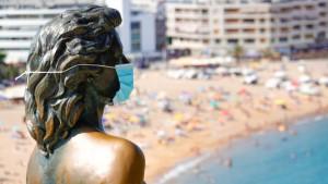 Korona virus: Kako da ne proključate od vrućine pod maskom