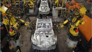 Roboti zamenjuju 20 miliona ljudi u fabrikama do 2030. godine